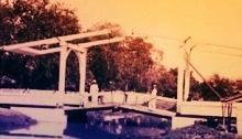 Gambar ghaladk rantai ketika diambil tahun 1900