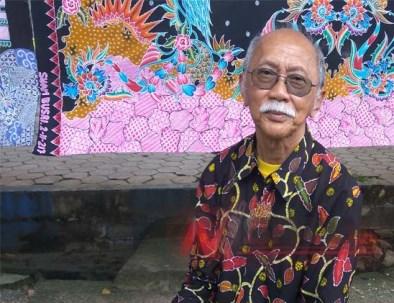 Mien Achmad Rifai, juga penelitik batik Indonesia
