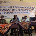seminar-sastra-madura-dan-media-syaf-anton-wr