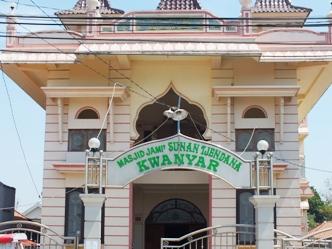 masjid sunan cendana kwanyar bangkalan