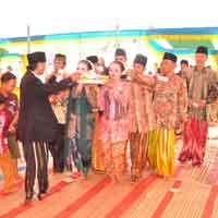 Perkawinan Beda Etnis Suku Madura (1)
